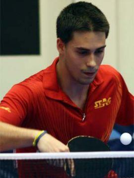 Foto de Alejandro Calvo, realizada por Cirlio Borges, que aparece en la web de la ITTF