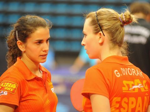 Sara Ramírez y Galia Dvorak. (Foto: Pablo Rubio)
