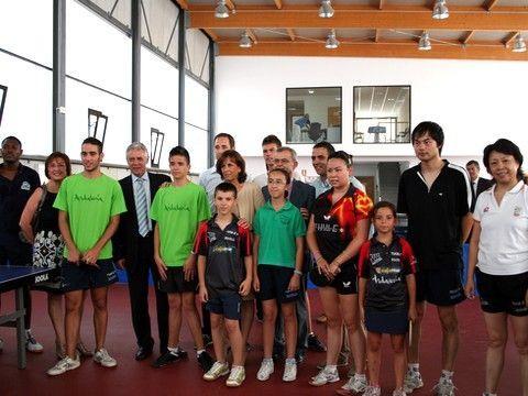 Autoridades y miembros del Club Cártama. (Foto: Club Cártama)