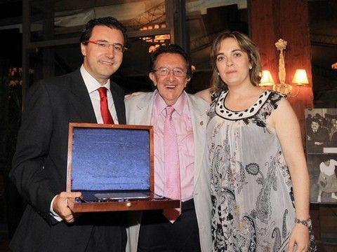 Miguel Ángel Machado, Jordi Prat y Montserrat Jiménez, Vicepresidenta Primera de la Federación Catalana