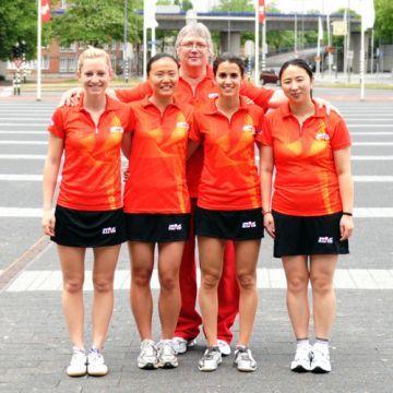 Equipo femenino que disputó el último mundial celebrado en Rótterdam. (Foto: Juan Carlos Paramá)