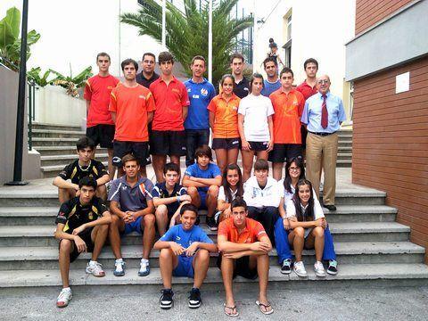 Foto de los representantes españoles con los participantes por la RFETM, Andalucía, Canarias y Cataluña. También Pepe Murcia que ha estado actuando como Juez Árbitro Adjunto.