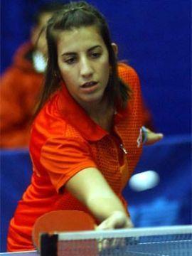 Laura Ramírez en la Web de la Ittf. (Foto: Cristian Larrain en www.ittf.com)