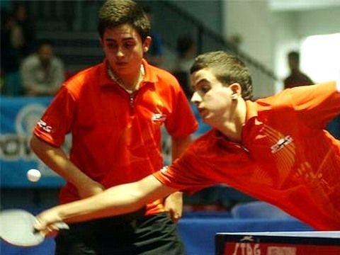 Iván Cuevas y Miguel Ángel Vílchez en la final de Chile. (Foto: Cristian Larrain en www.ittf.com)