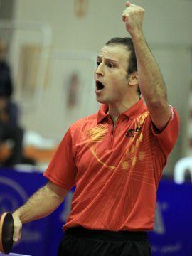 Carlos Machado celebra su victoria. (Foto: Íñigo Villacieros)