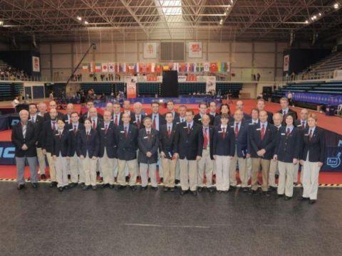Foto de familia de los árbitros participantes en la edición 2011. (Foto: Pablo Rubio)