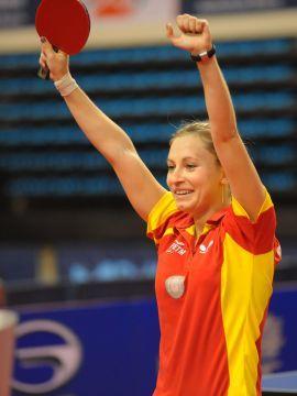 Galia Dvorak conseguía una importante victoria en la<br>aperturadel partido de esta noche ante Rumania.<br>(Foto: Pablo Rubio