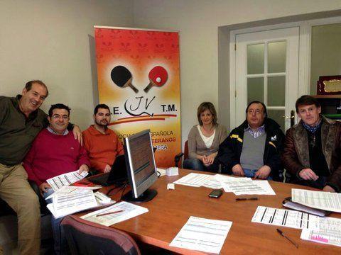 Imagen del sorteo celebrado ayer en la sede de la RFETM en Madrid.