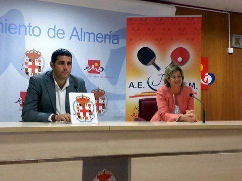 Alonso y Pajares en un momneto del acto celebrado ayer.
