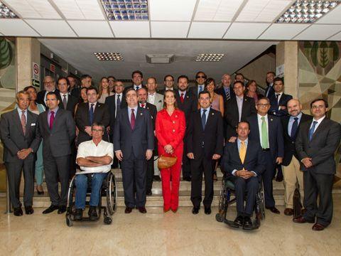 Foto de familia de los asistentes a esta Asamblea General Ordinaria del Comité Paralímpico Español.
