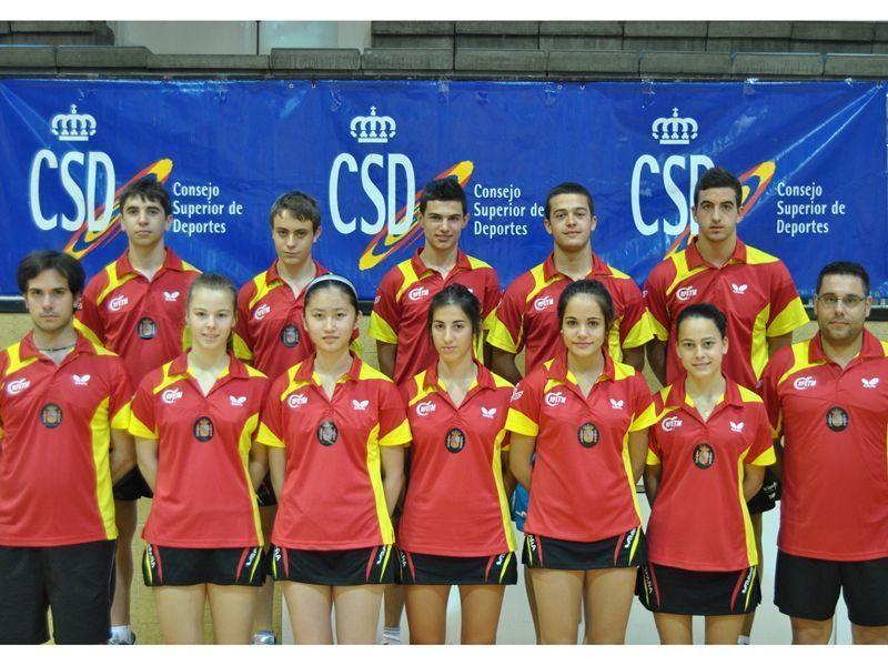 Los equipos españoles durante su concetración previa en el CAR Blume de Madrid.