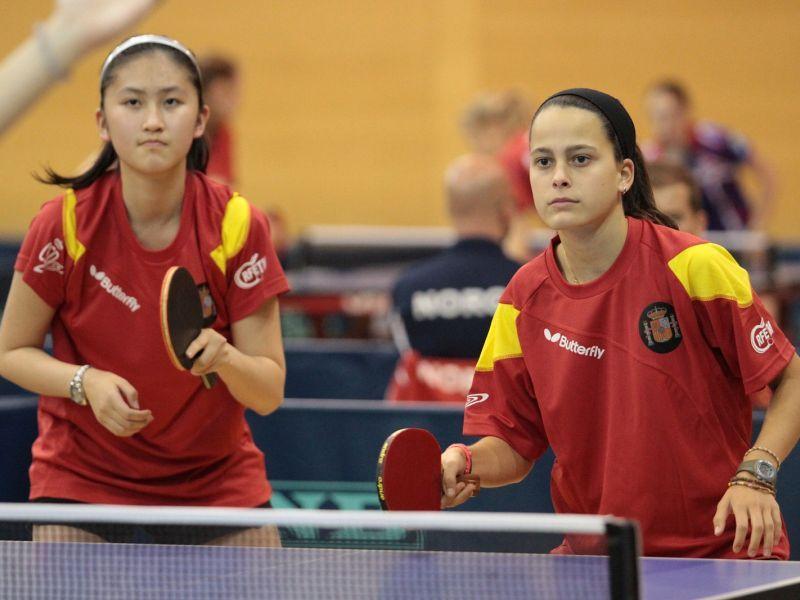 Sofía-Xuan Zhang y María Pérez forman el equipo cadete femenino.