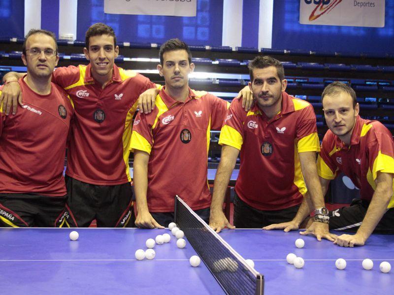 Víctor Sánchez, Ávaro Robles, Marc Durán, Jesús Cantero y Carlos Machado en el CETD de Priego de Córdoba