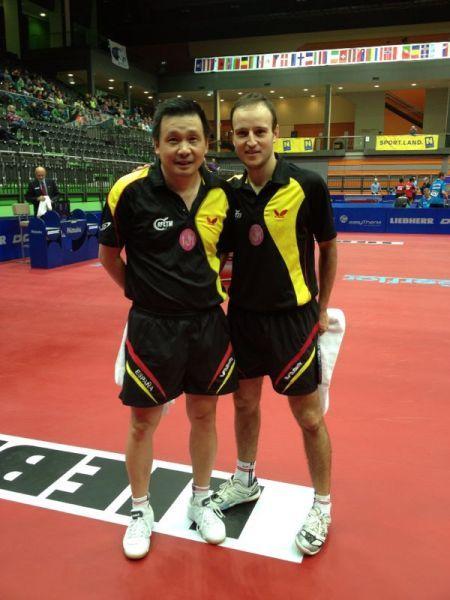 He Zhi Wen y Carlos Machado.