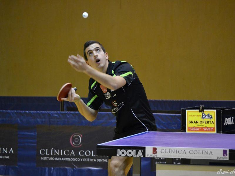 Miguel Ángel Vílchez, jugador del Clínica Colina Burgos. (Foto: Rosi Ayala)