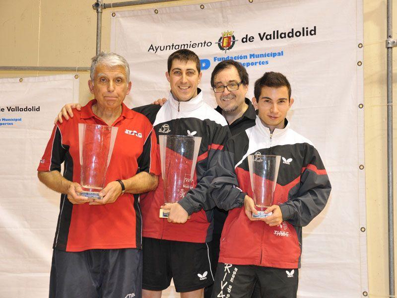Podios Personas con Discapacidad en categoría Open Píe. (Foto: www.canofotosports.com)