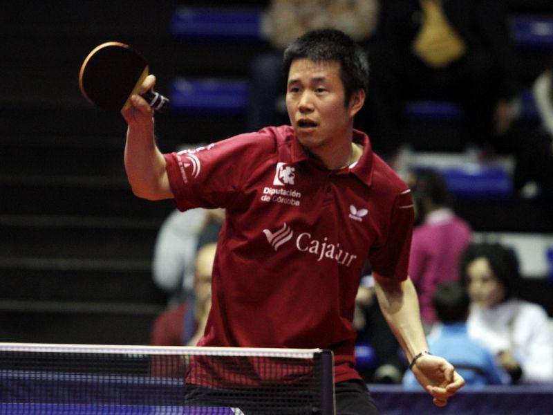 Wei Dong Shi, jugador del CajaSur Priego Tenis de Mesa. (foto: Antonio García)