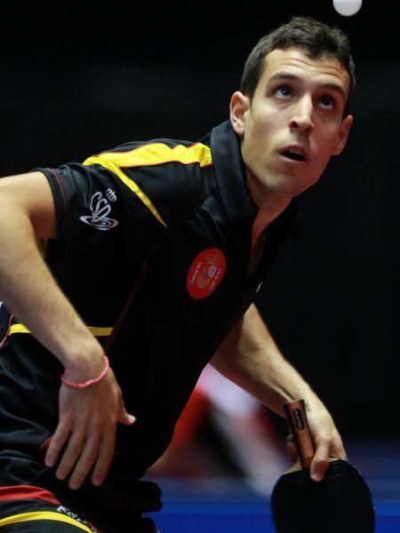 Álvaro Robles logró hoy una gran victoria ante Kim Hyok Bong, número 49 del ranking mundial. (Foto: ITTF)