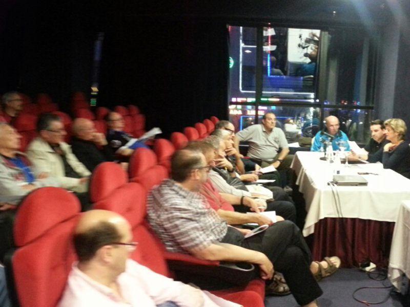 Un momento de la Asamblea de ayer de la AEJVTM.