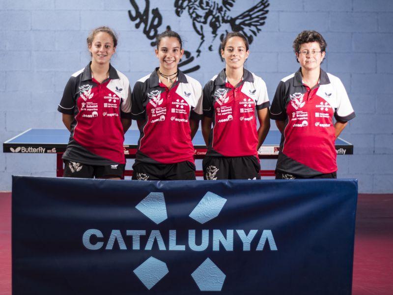Equipo femenino del Falcons Sabadell para esta temporada.