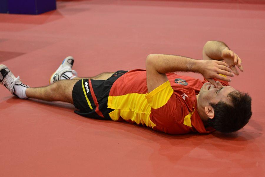 Jordi Morales tras lograr el último punto que daba el oro a España. (Foto: ITTF)