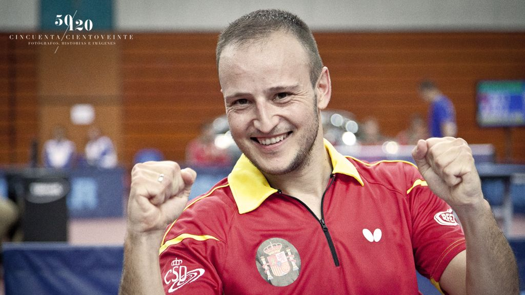 Carlos Machado celebrando la victoria del primer día ante Grecia. (Foto: CINCUENTACIENTOVEINTE)