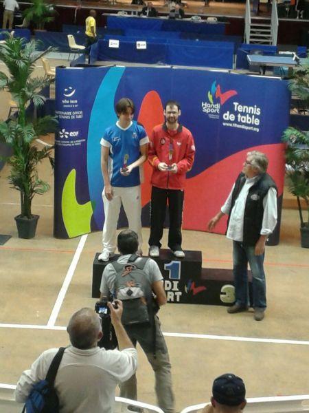 Eduardo Cuesta en el podio.