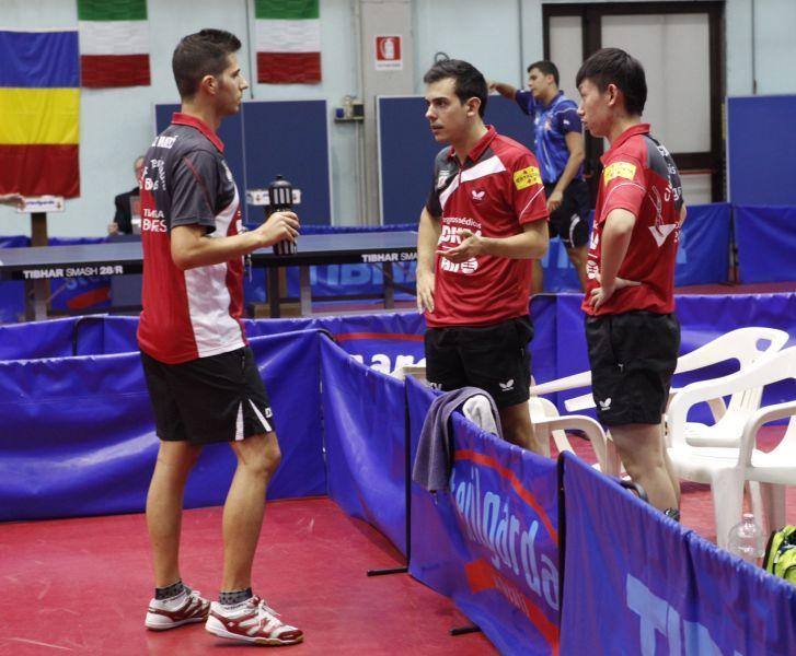 Equipo del DKV Borges Vall. (Foto: Toni Boldú)