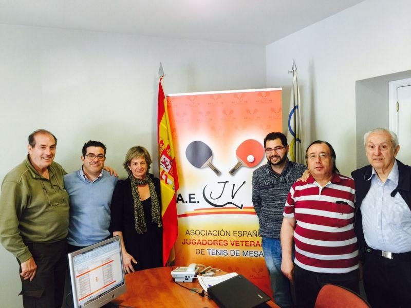 Foto de los asistentes ayer al sorteo en la sede de la RFETM en Madrid.