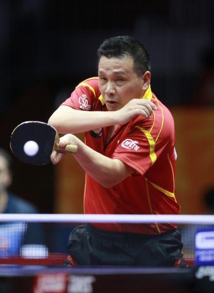 He Zhiwen en China. (Foto ITTF)