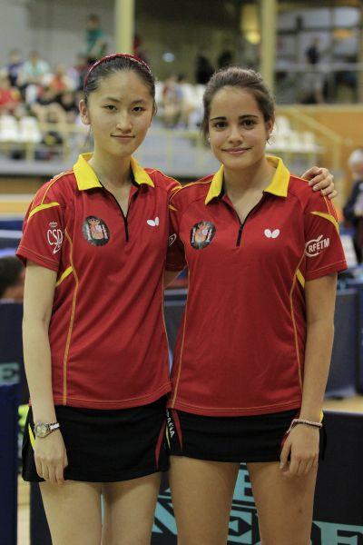 Escartín y Zhang ganaron una medalla de oro en dobles junior.