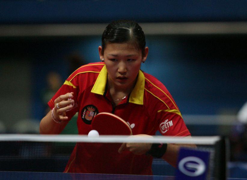 María Xiao durante su primer partido de ayer en Croacia. (Foto: ITTF)