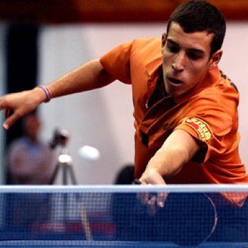 Álvaro Robles en acción  Foto: ITTF