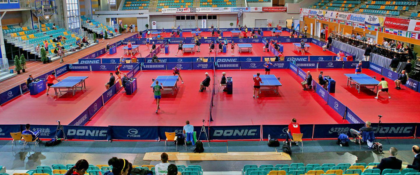 Aspecto del área de juego del GAC Group 2015 ITTF World Tour Austrian Open Major Series. (Foto: ittfworld)