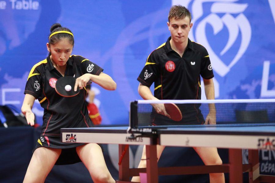 Sofía-Xuan Zhang y Carlos Vedriel disputando la prueba de dobles mixtos. (Foto. ITTF World)