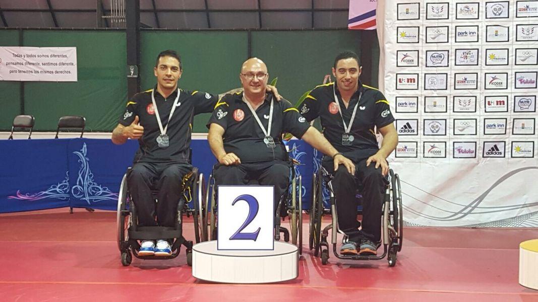 El equipo español que logró la medalla de plata en Costa Rica.