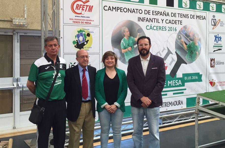Antonio Álvarez Vicepresidente de la Federación Extremeña, José Jaime Murcia Juez Árbitro, Conchi Bellorín Directora General de Deportes de Extremadura y Miguel Ángel Machado Presidente de la RFETM.