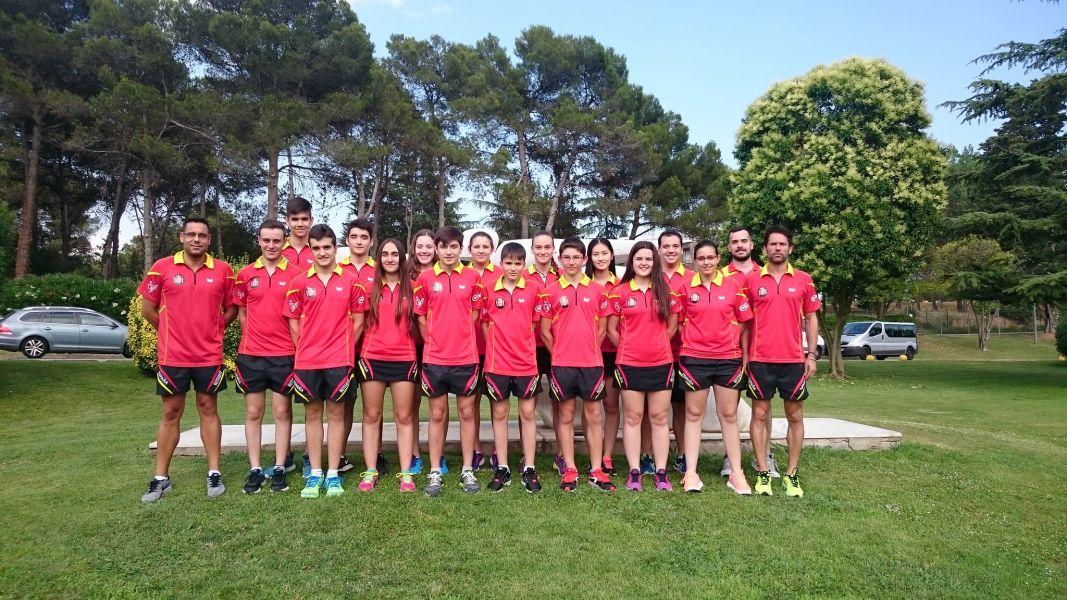 El equipo español en el CAR de Sant Cugat.