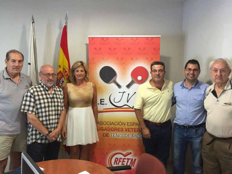 Asistentes al sorteo celebrado hoy en las oficinas de la RFETM en Madrid.
