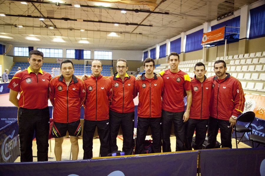 Equipo español en Granada. (Foto: Jordi Mesa - 50/120)