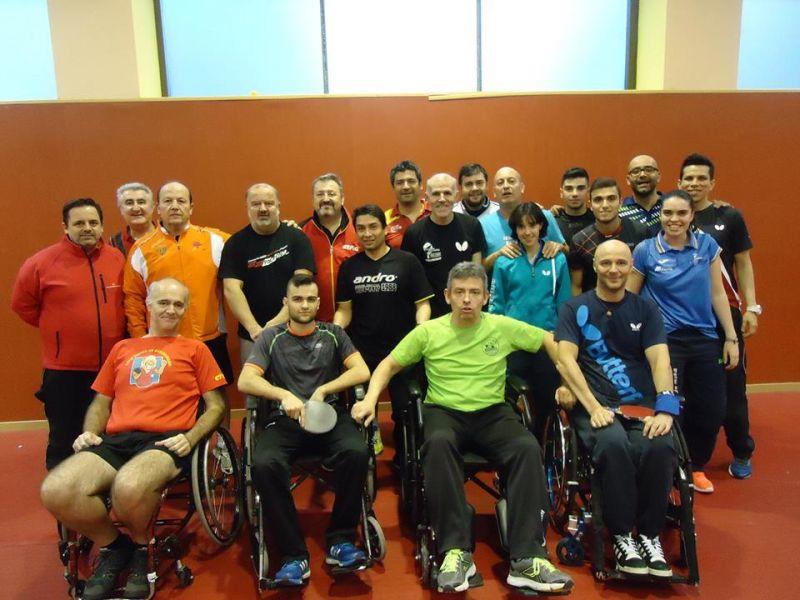 Asistentes a los cursos ITTF.