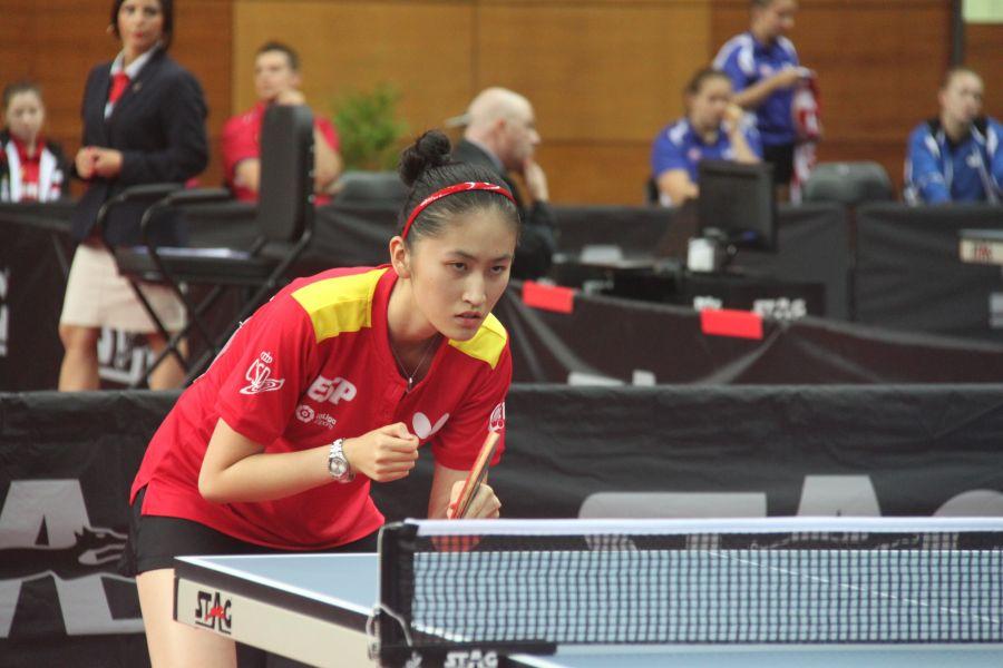 Sofía Xuan-Zhang, jugadora de la selección española junior femenina de tenis de mesa en el Campeonato de Europa para Jóvenes de Tenis de Mesa 2017