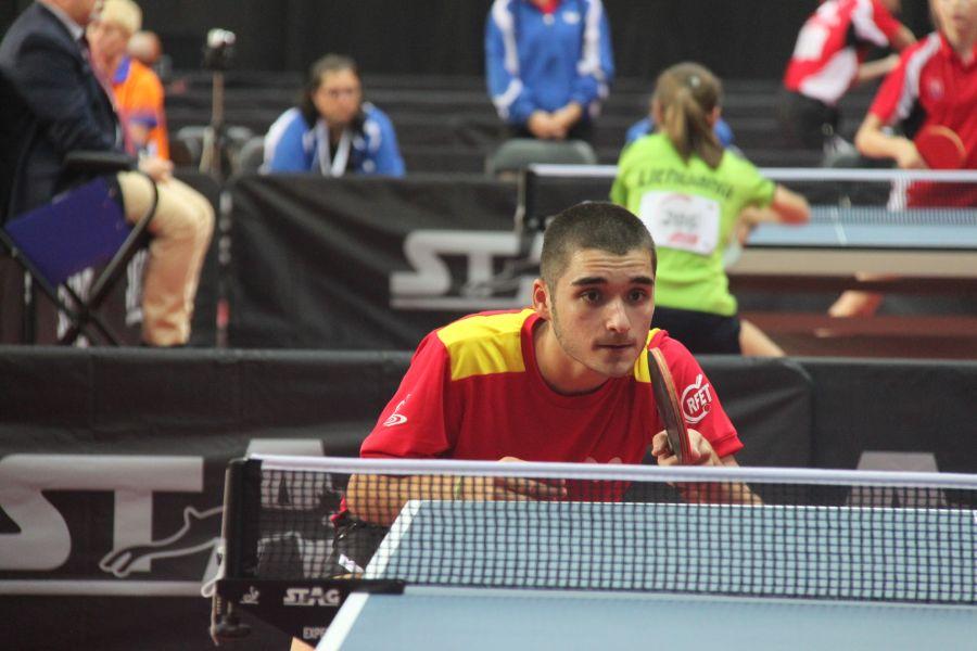 Jugador de la selección española junior masculina de tenis de mesa en el Campeonato de Europa para Jóvenes de Tenis de Mesa 2017