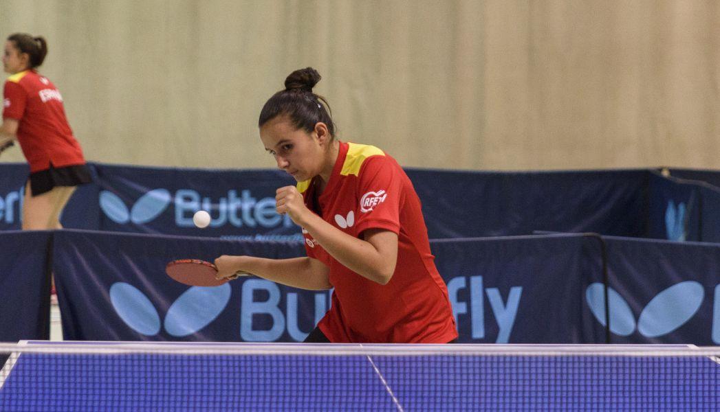 Ainhoa Cristóbal, palista cadete de la selección española de tenis de mesa.