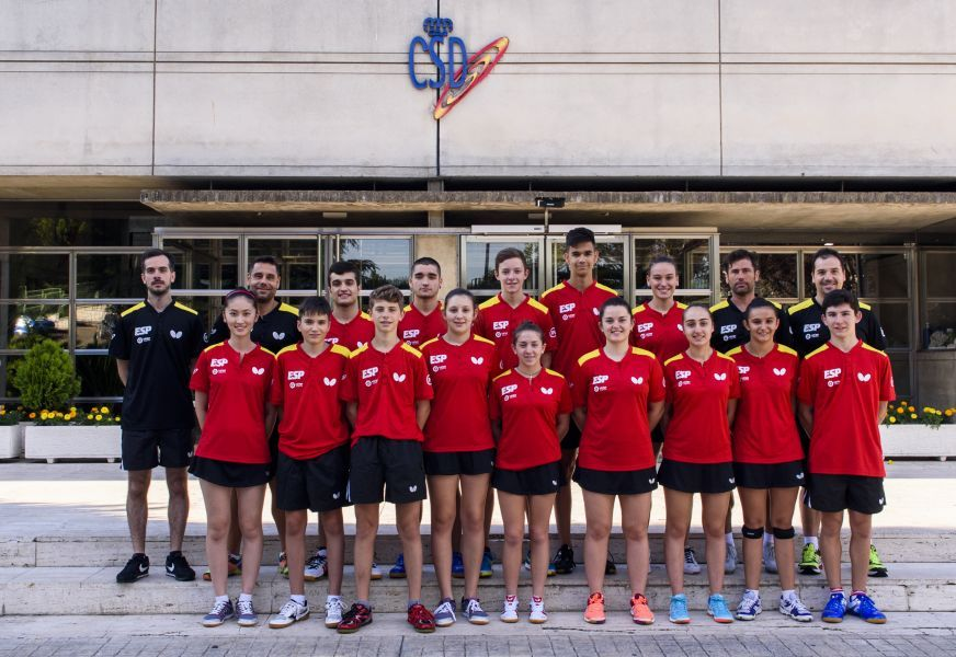 Selecciones españolas cadete y junior de tenis de mesa.