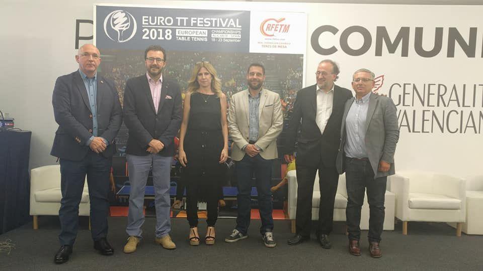 Foto de familia presentación del European Table Tenis Festival 2018