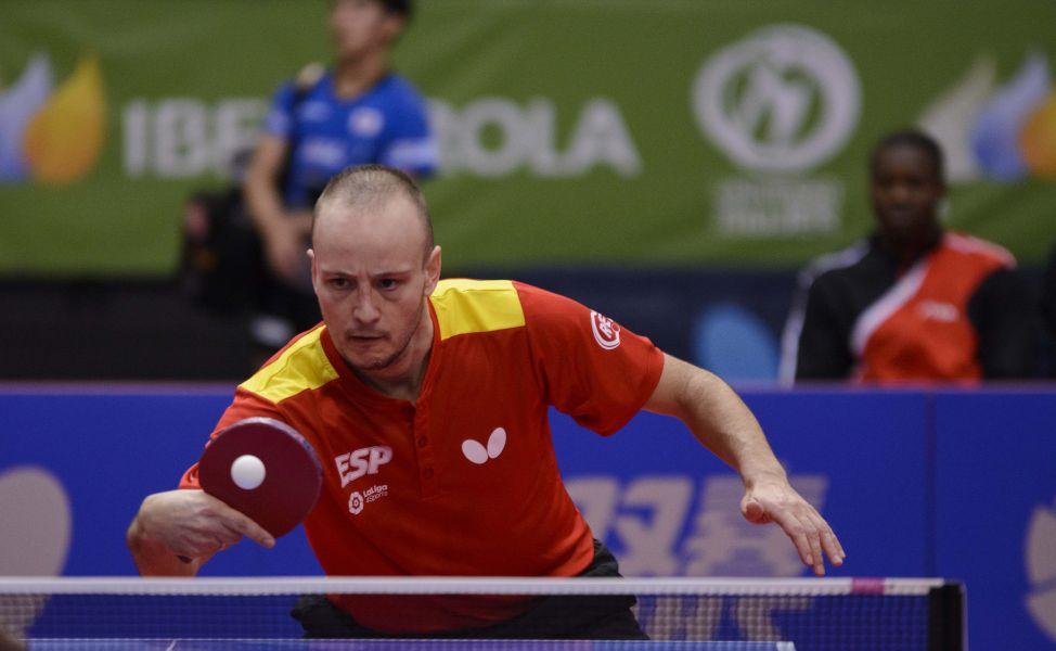 Carlos Machado, jugador de la selección española de tenis de mesa, disputando el ITTF Challenge Spanish Open 2017