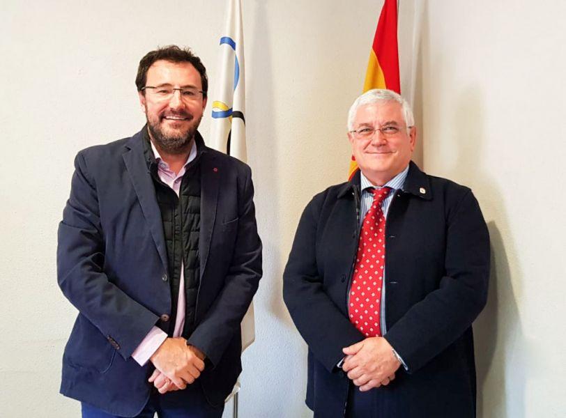 Miguel Ángel Machado (izquierda) y Ángel Mármol (derecha) en la sede de la RFETM