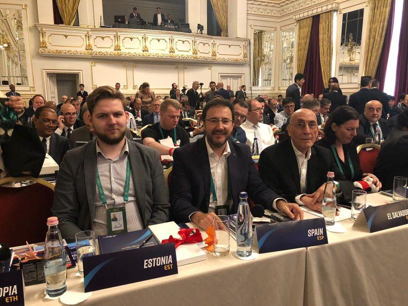 Miguel Ángel Machado en la Reunión General Anual de la ITTF 2019
