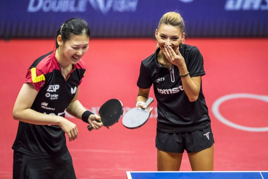 María Xiao y Bernadette Szocs